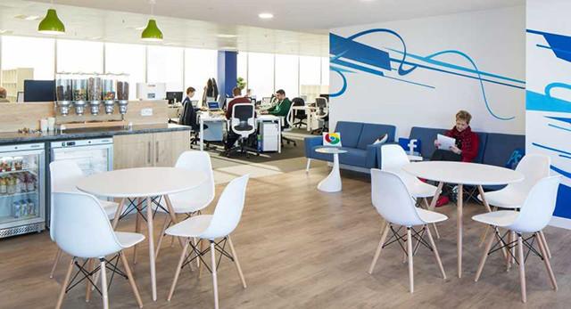 该办公室装修案例为国外著名科技公司brandview的办公空间,设计