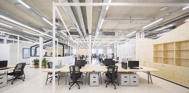 广告公司办公区开放式设计